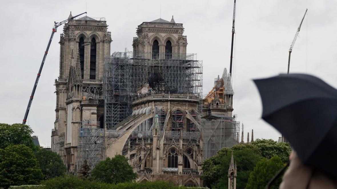 خبرنگاران قرنطینه پاریس مشکل بازسازی نتردام را دوچندان کرد