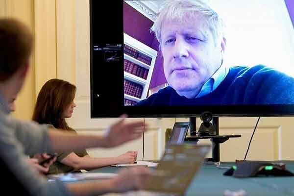 اگر جانسون بمیرد ، نخست وزیر بریتانیا در بخش مراقبت های ویژه