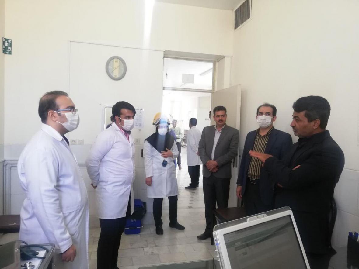 خبرنگاران فرماندار مهریز: مطالبات مدافعان سلامت پیگیری می شود