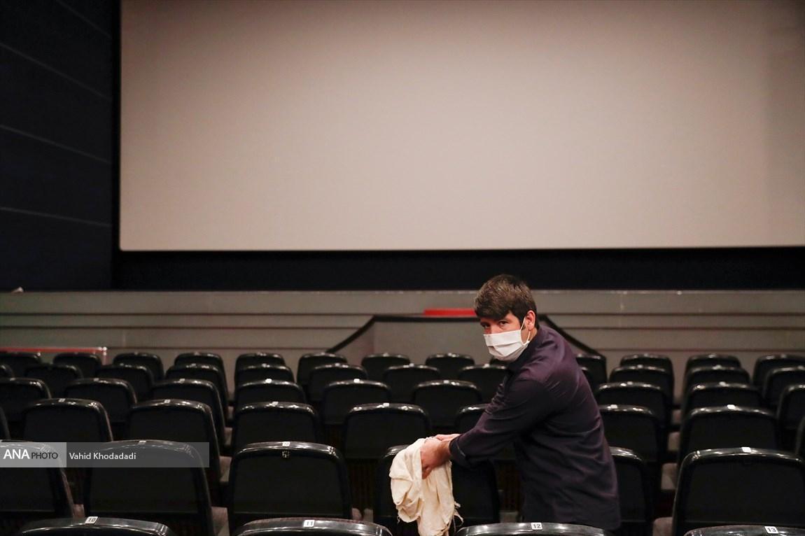سینماها همچنان در قرنطینه، تصمیم گیری برای بازگشایی سینماها به آخر خرداد موکول شد