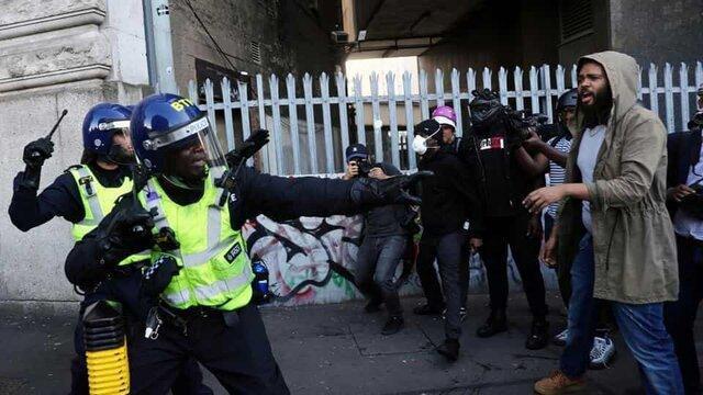 100 معترض در لندن بازداشت شدند