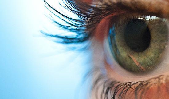 چشم انسان چند مگاپیکسل است؟