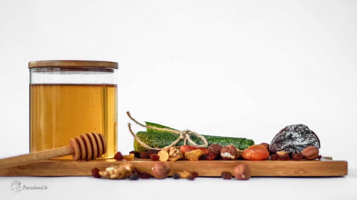 چگونه می توان عسل طبیعی را از عسل تقلبی تشخیص داد؟