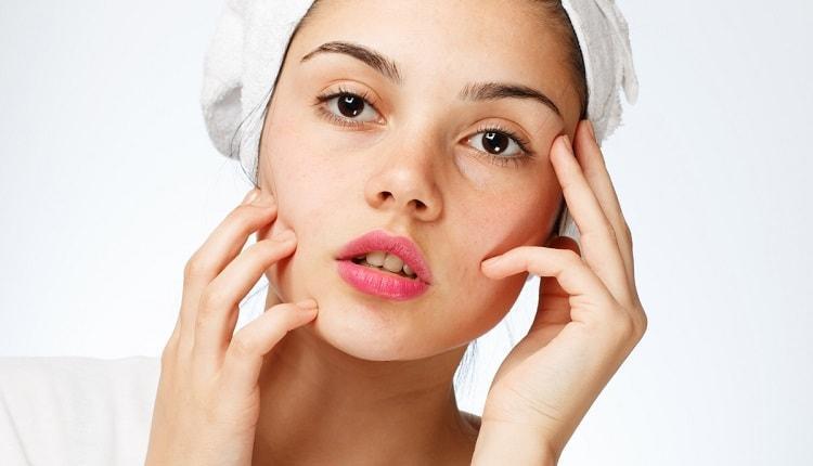 10 روش خانگی برای پاکسازی پوست چرب