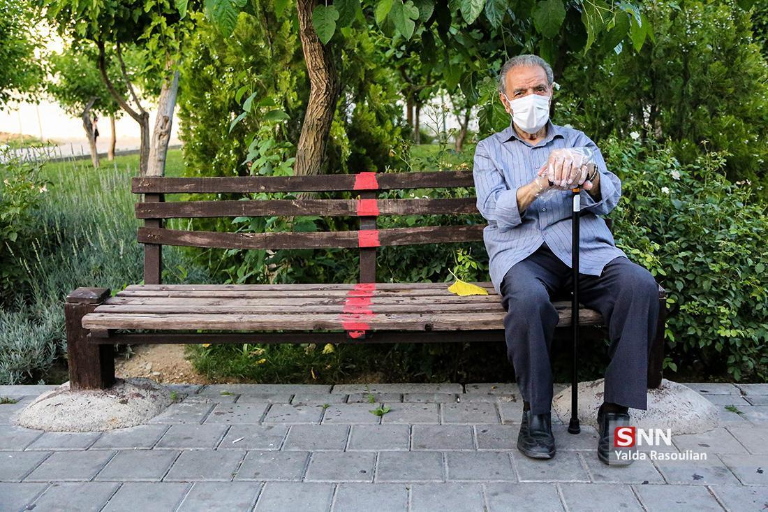 لاری: ماسک به تنهایی نمی تواند جلوی انتقال ویروس را بگیرد