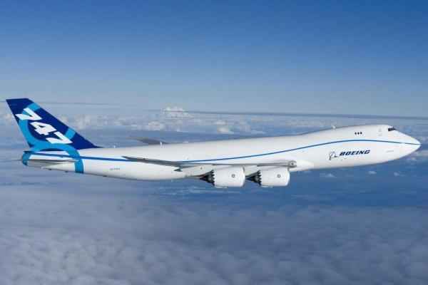 بوئینگ 747 از روی خط فراوری پرید