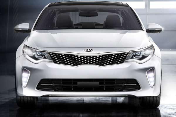نگاهی به کیا اپتیما 2018 و ابعاد و زوایا این خودرو