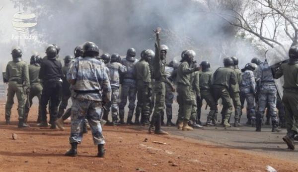 دو نظامی اقتصادی در مرکز این کشور کشته شدند