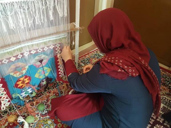 خبرنگاران سه کارگاه صنایع دستی در باشت راه اندازی شد
