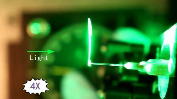 آفتابگردان مصنوعی که به سمت نور می چرخد