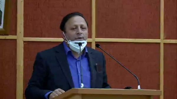 اجرای شیوه نامه تامین آب باغات تحت پوشش چاه های فرم یک در قزوین